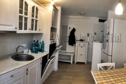 Apartament  camere mobilat