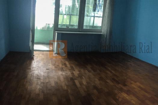 Apartament camere zona centrala Living