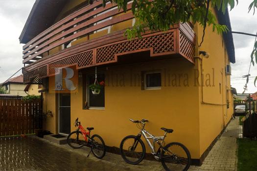 Casa  camere de vanzare partial mobilata Agentia Imobiliara Rial