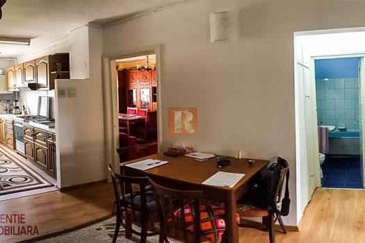 Apartament 4 camere de vanzare in Medias